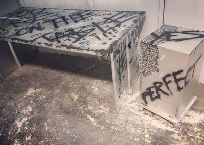 aperato-artiste-marseille-meuble-custom-TABLE