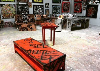 aperato-artiste-peintre-marseille-meuble-custom-table