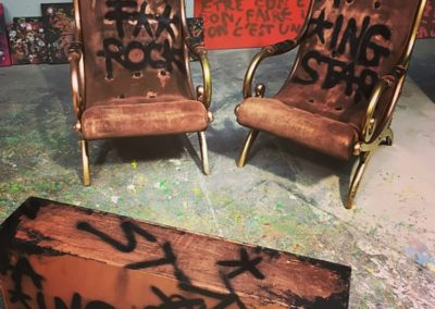 aperato-artiste-peintre-marseille-meuble-custom-fauteuil